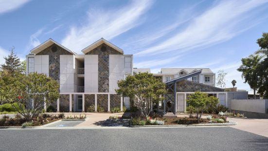 Corporate Inn Sunnyvale - All-Suite Hotel