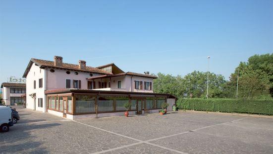普利莫特佈雷西亞酒店