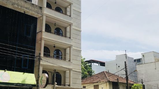 The Apartments by Lanka Vacations