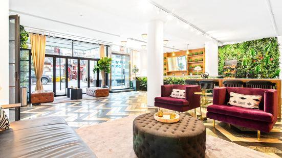 Cassa Times Square Hotel