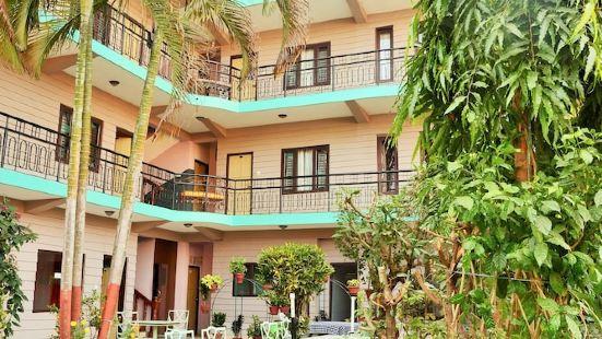 Hotel Travel-Inn