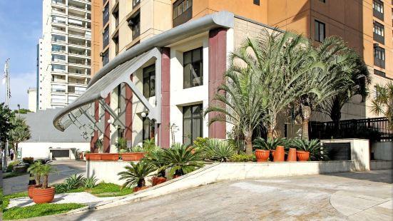 伊比拉普埃拉旅遊&居住公寓式酒店
