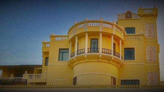 拉特納瓦利酒店