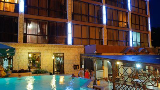 索契微風温泉酒店