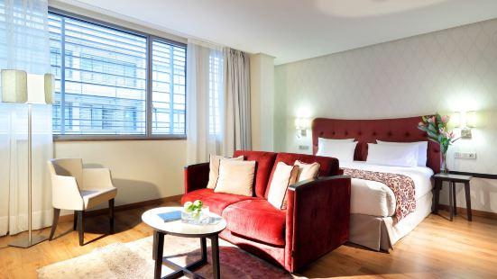 유로스타스 플라자 마요르 호텔