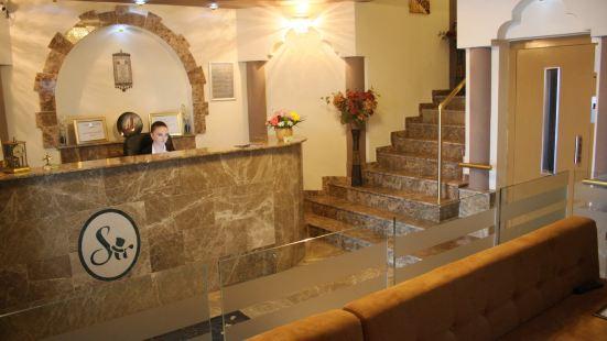 加拉北站爵士酒店