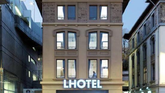 洛桑中心宜必思尚品酒店