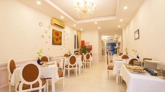 하노이 렐레 & 프로그 호텔
