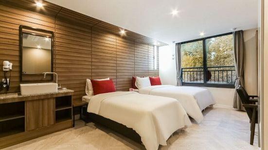 Nampo Bardot Hotel