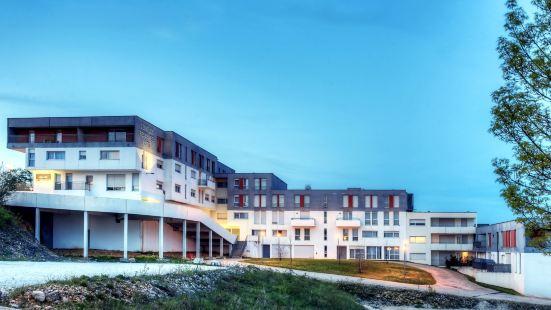 勒斯奧特杜沙扎爾禪都公寓式酒店