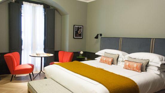 洛坎達潘登斯旅館