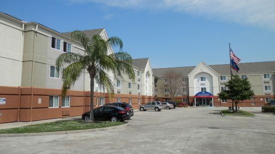 休斯頓 - 美國國家航空暨太空總署克利爾湖索內斯塔簡單套房酒店