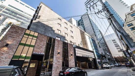 XYM 酒店