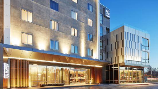AC Hotel by Marriott Sunnyvale Cupertino