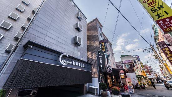 Hotel C