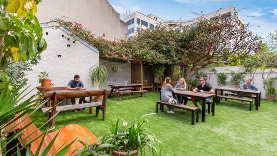 Secret Garden Backpackers, Sydney