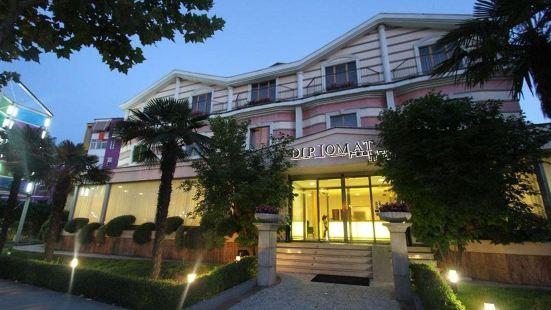 外交官 SPA 酒店