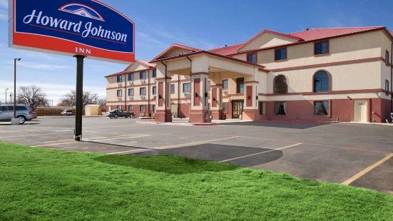Howard Johnson by Wyndham Lubbock TX