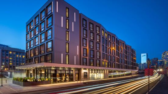 波士頓市中心萬豪AC酒店