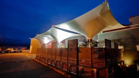 克羅斯基斯汽車旅館