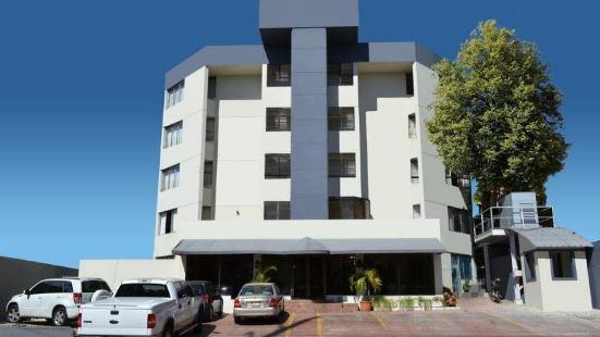 太陽廣場公寓式酒店