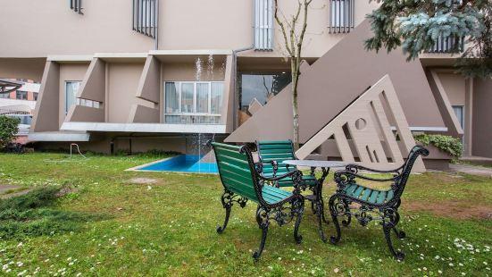 萊昂納多公寓酒店