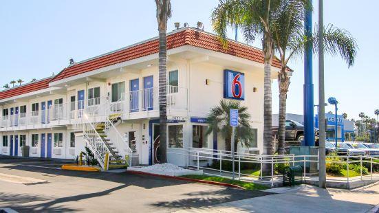聖地亞哥拉梅薩6號汽車旅館