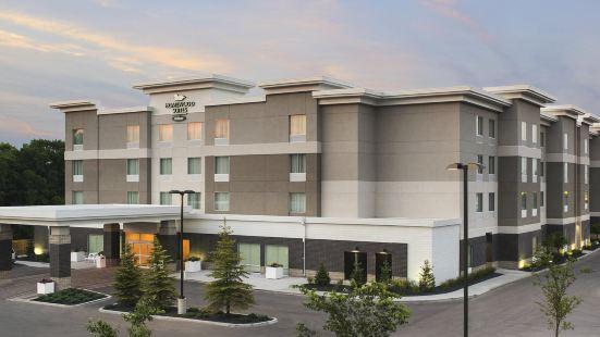 温尼伯機場 - 馬球公園希爾頓欣庭套房酒店