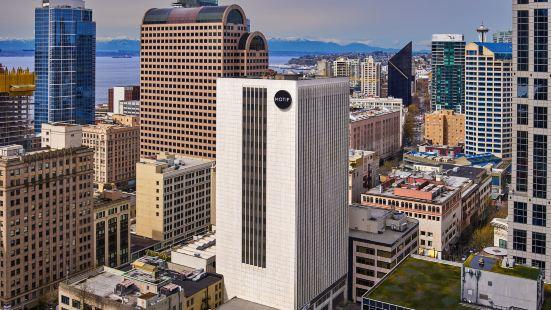 Motif Seattle, a Destination by Hyatt Hotel