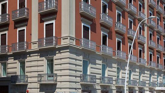 帕特諾普勒萊斯酒店