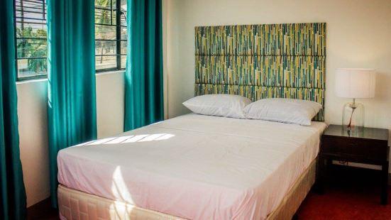 Naps & Maps Hostel