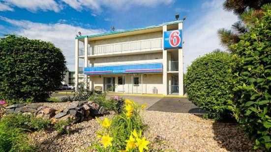 Motel 6-Denver, CO - Federal Boulevard