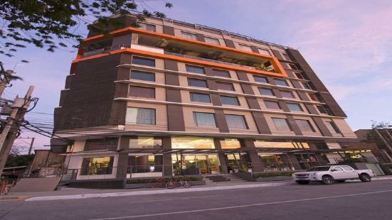 Hive Hotel Manila