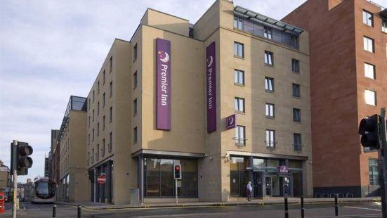Premier Inn Edinburgh City Centre (Lauriston Place)