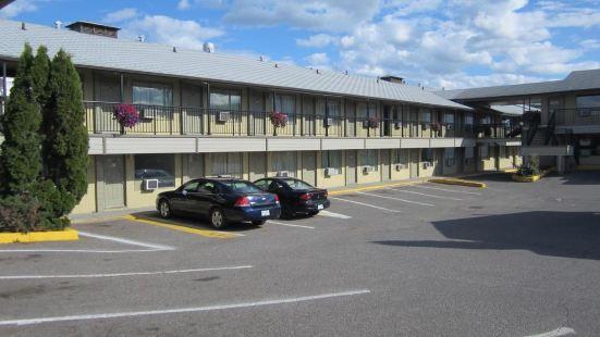 卡梅洛特巷汽車旅館