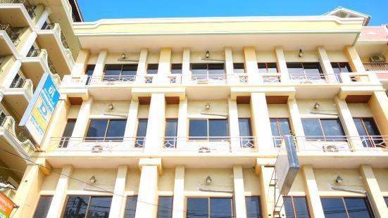 D Apartment 2