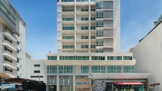 曼谷優尼富麗華機場酒店