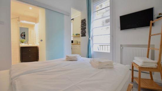 Standard Apartment by Hi5 - Fejer Gyorgy Street
