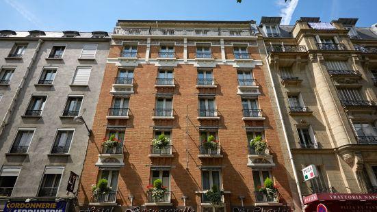 博格勒內勒聖查爾斯埃菲爾鐵塔酒店