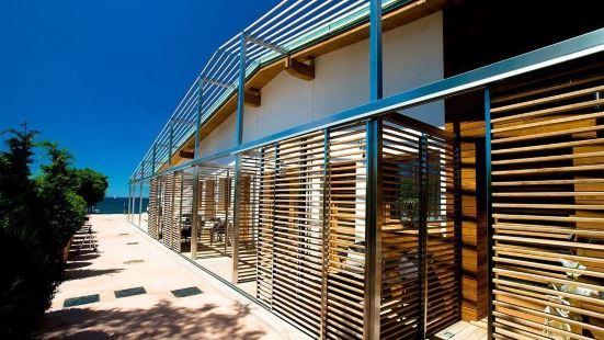 特雷梅爾利海灘酒店