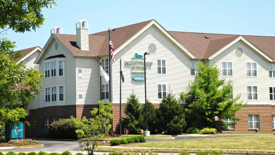聖路易斯切斯特菲爾德希爾頓霍姆伍德套房酒店