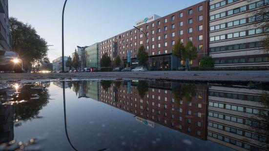 Motel One Hamburg-Altona