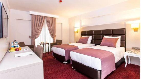 佩拉阿里亞酒店