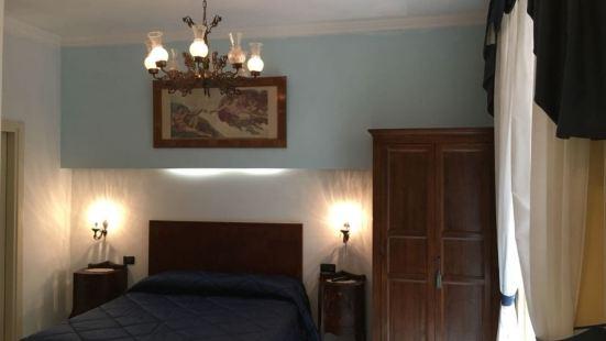 老塔沃納索瑞提納酒店