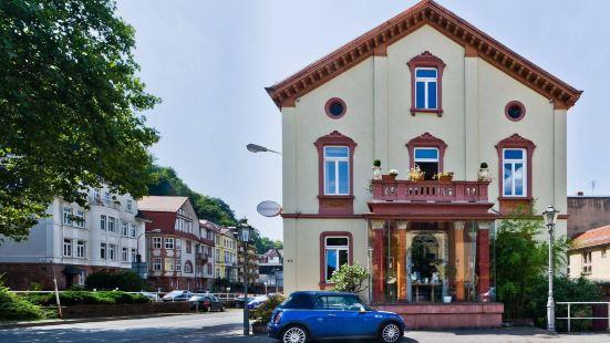 蒙普迪酒店