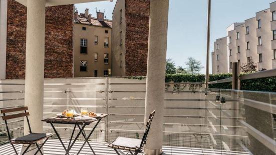 瓦維爾公寓 - 閣樓大小事酒店