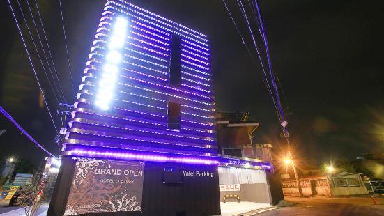 Cheonho Hotel Story