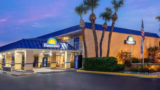 戴斯奧蘭多市中心每日旅館