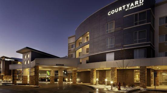 聖路易郡西部萬怡酒店