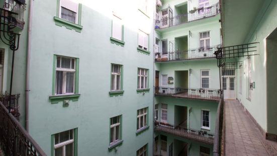 標準公寓 Hi5 酒店 - 威瑟勒尼耶 8 號